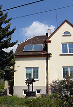 solární panel na plášti sedla